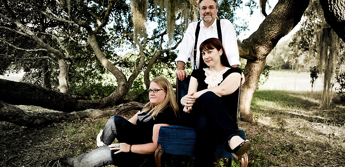 Sarah Mac Band  © sarahmacband.com
